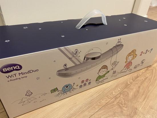 BenQ WiT MindDuo デスクライト 外箱